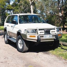 Силовой бампер ARB Delux Mitsubishi Pajero Sport 2001-2010