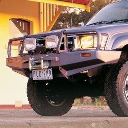 Силовой бампер ARB Delux Toyota Hilux 1997-2005